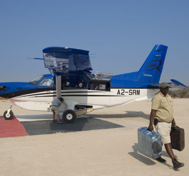 0002 Sandibe Plane