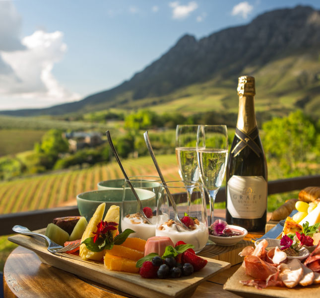 8  Delaire Graff Luxury Lodge Bubbly Breakfast On The Deck