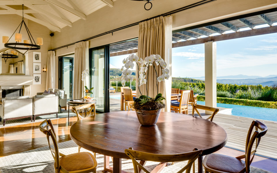 4  Delaire Graff Owners Lodge Spacious Living With Breathtaking Views