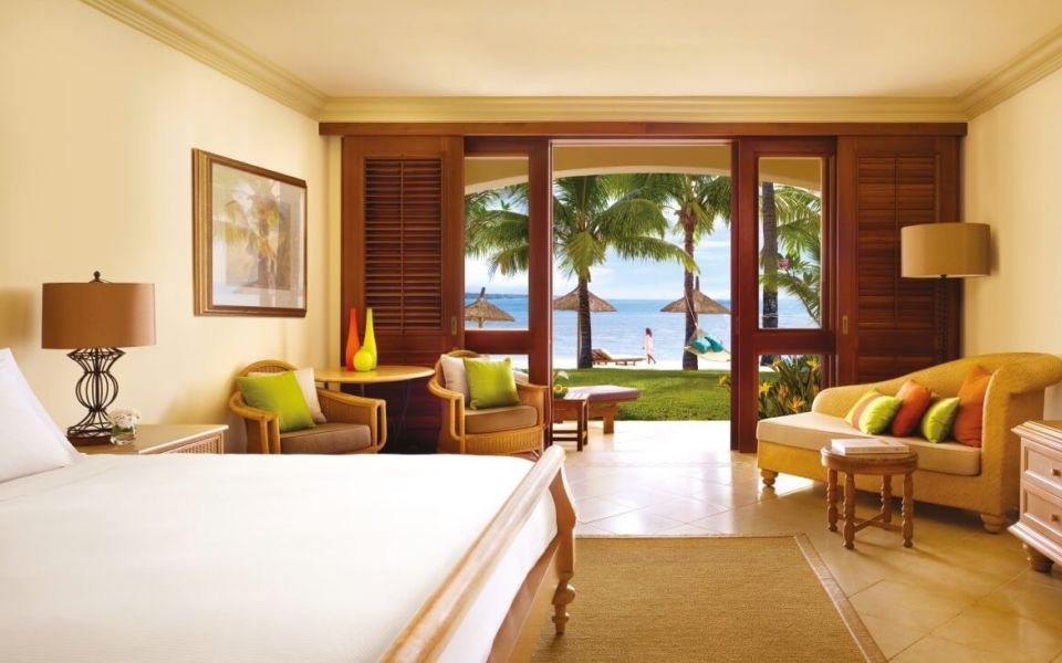 One Only Le Saint Geran Bedroom