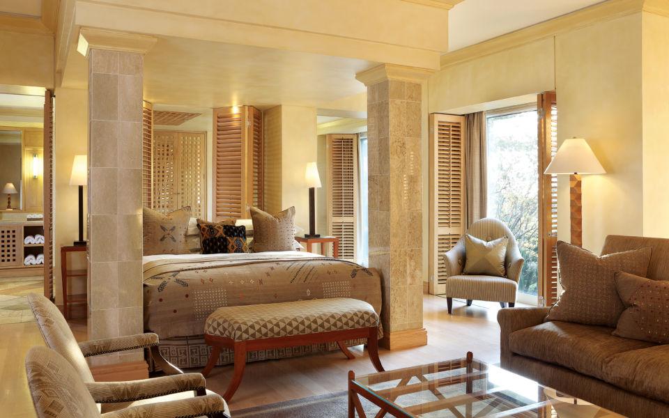 Saxon Luxury Room11