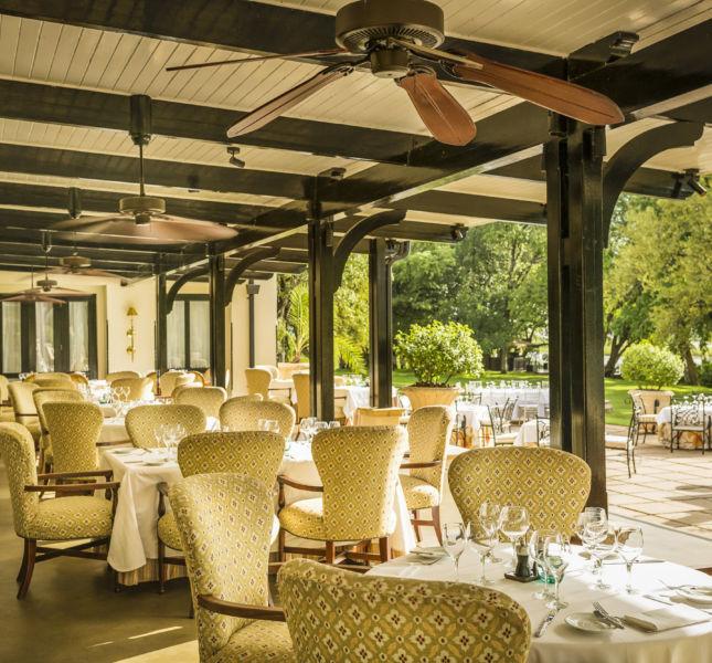 75001837 H1 Rl Dining Room Terrace G A H